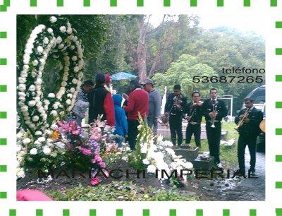 Mariachis en panteones y velorios, funerales