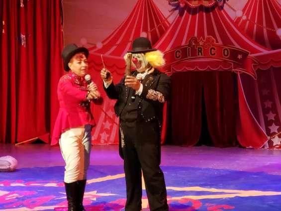 Payasos profesionales de circo en tus eventos