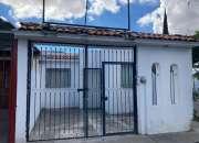 Excelente oportunidad  amplia casa en venta en esquina!!